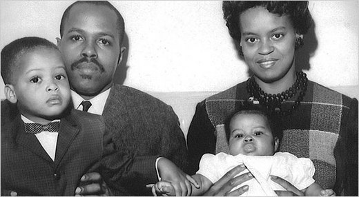 Michelle Obama's Father, Fraser Robinson III, her mother Marion, Michelle and brother Craig